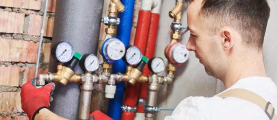 Réparation de fuite d'eau après compteur